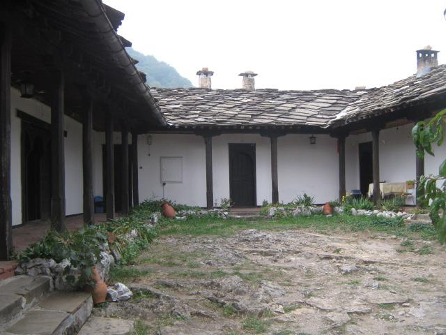 Гложенски-манастир-2